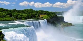 Kanada , Niagarské vodopády