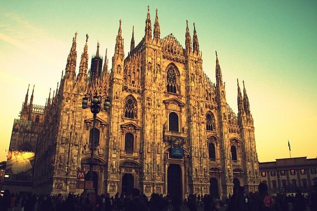 katedrála v miláne v taliansku