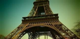 eiffelová veža v paríži vo francúzsku