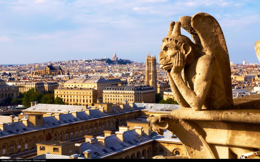 Paríž - socha gargoyle