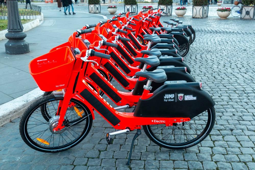 zdielane bicykle uber rím