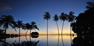 večer na Maldivách