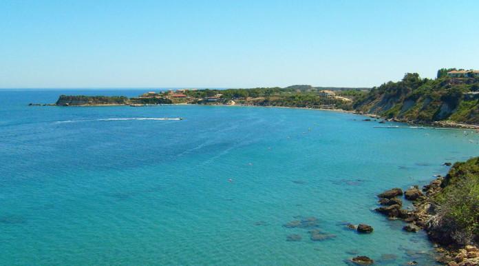 more na Zakynthose