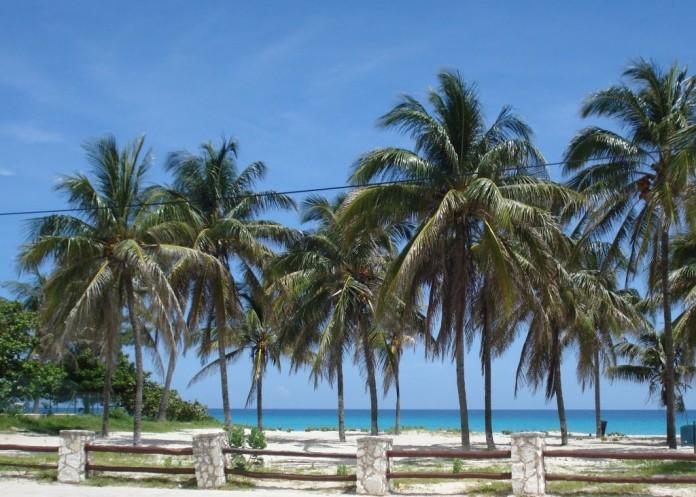 pláž na Kube