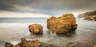 Alicante - skaly v mori