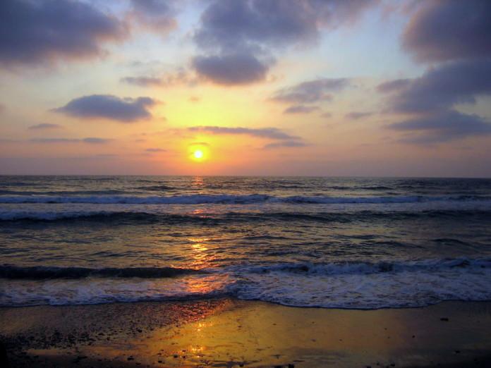 Izrael - západ slnka, more, pláž