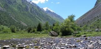 Kirgizstan - krajina a hory
