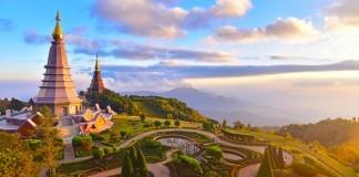 Thajsko - chrám + more