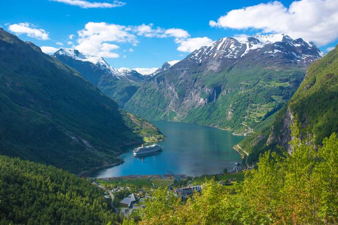 Bergen , Nórsko , fjordy