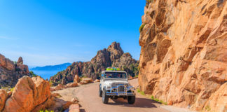 Korzika , hory a džíp