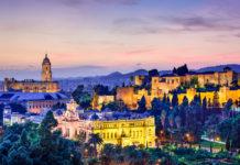 Malaga, večerné mesto