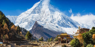 Nepál, Himaláje