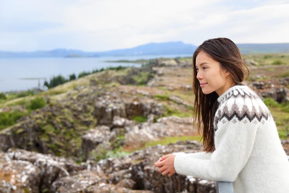 Islandský sveter, ktorý sa nazýva Lopapeysa