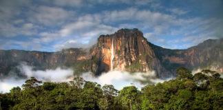 vodopád v národnom parku vo Venezuele