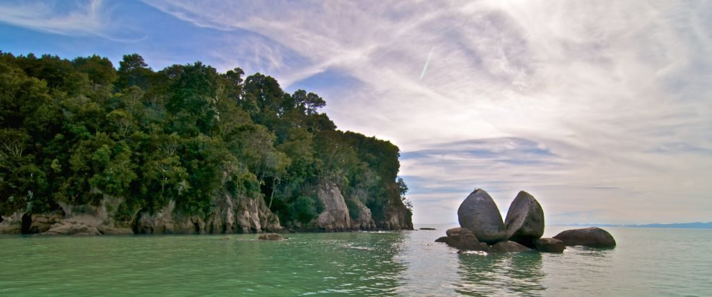 Split Apple Rock Nový Zéland