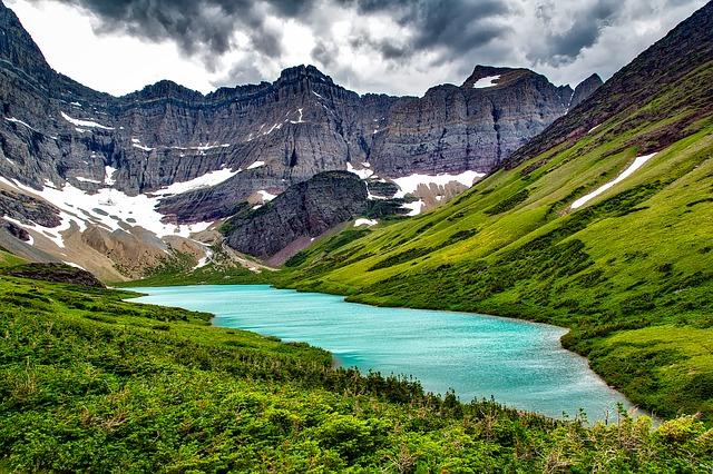 Americké národné parky Cracker lake Glacier národný park Montana
