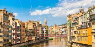 Farebné domčeky v Girone