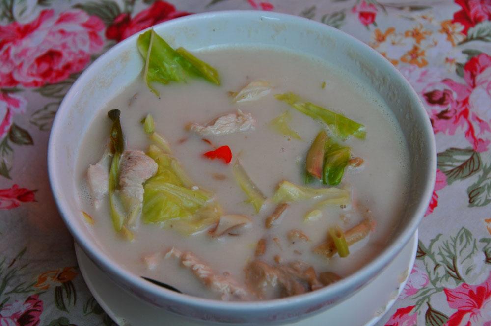 tom ka gai jedlo thajské