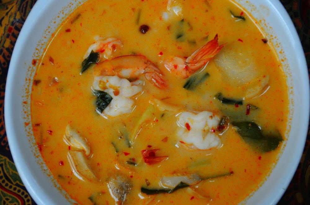 tom yum jedlo thajsko