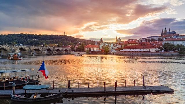 Okrem iných známych miest sa vo filme objaví aj Pražský hrad