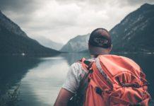 Cestovanie osamote má svoje výhody