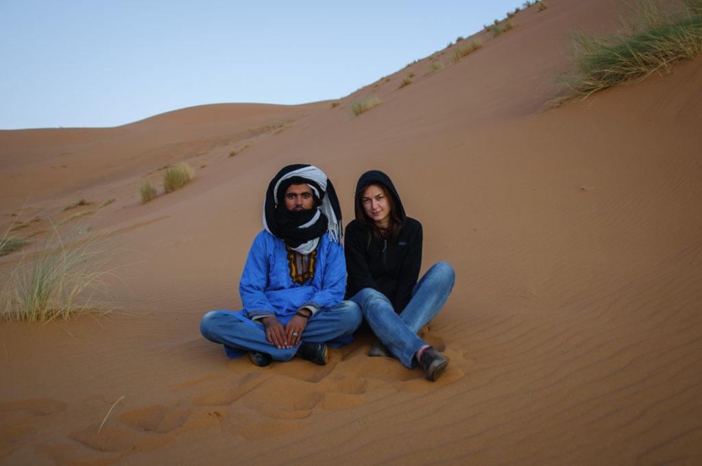Na púšti Merzouga s miestnym beduínom