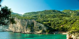zátoka v Korfu
