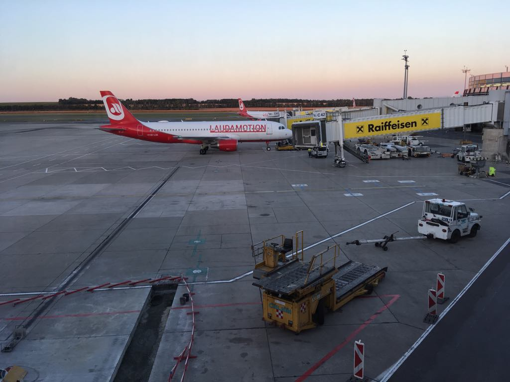 lietadlo laudamotion na letiksu vo Viedni
