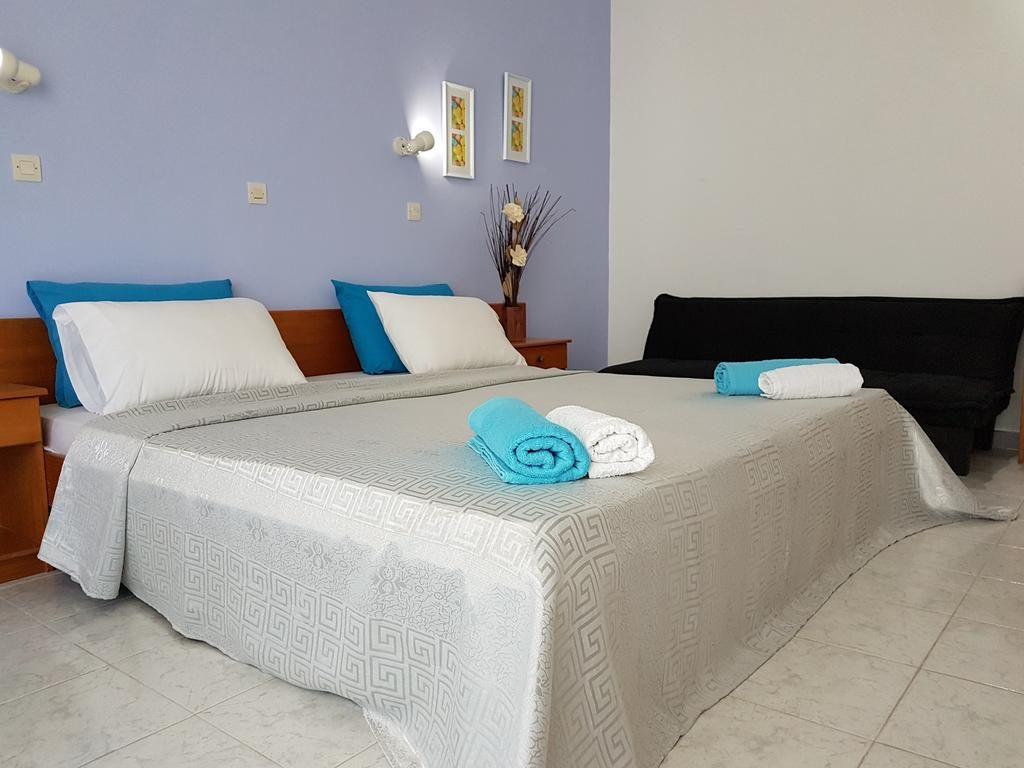 Pyrgos Hotel Apartments