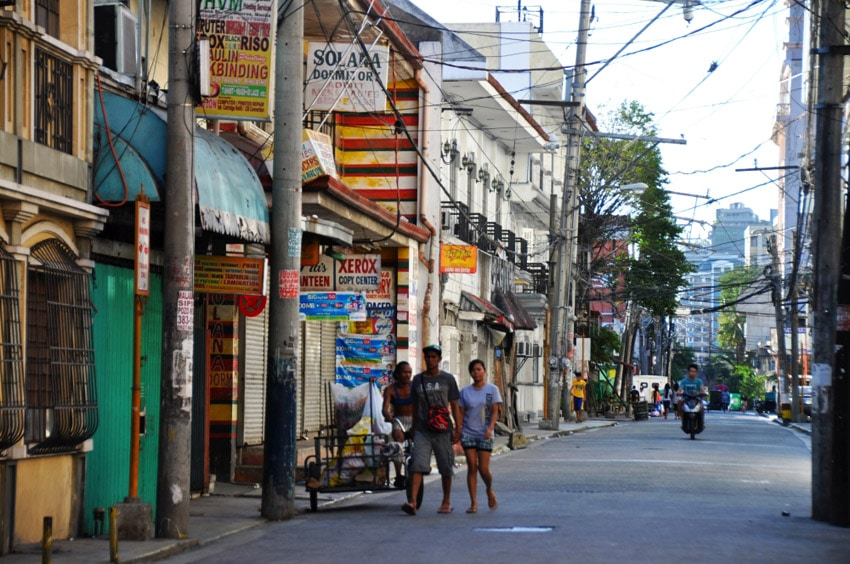 Ulickami starej Manily