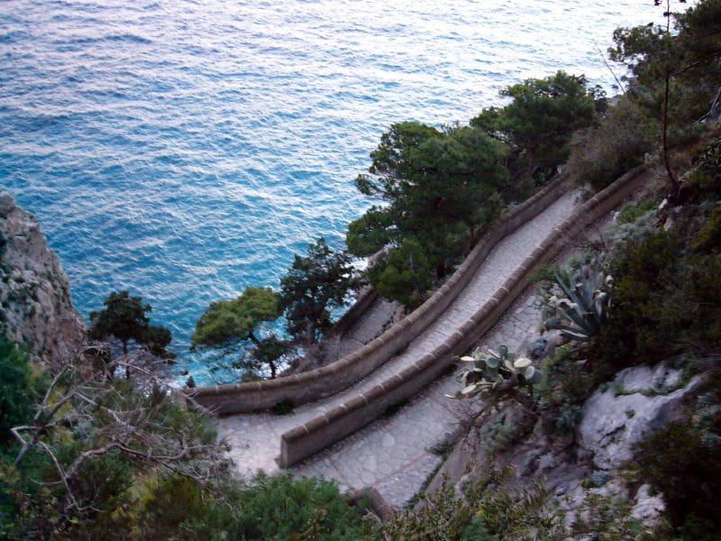cesta a more