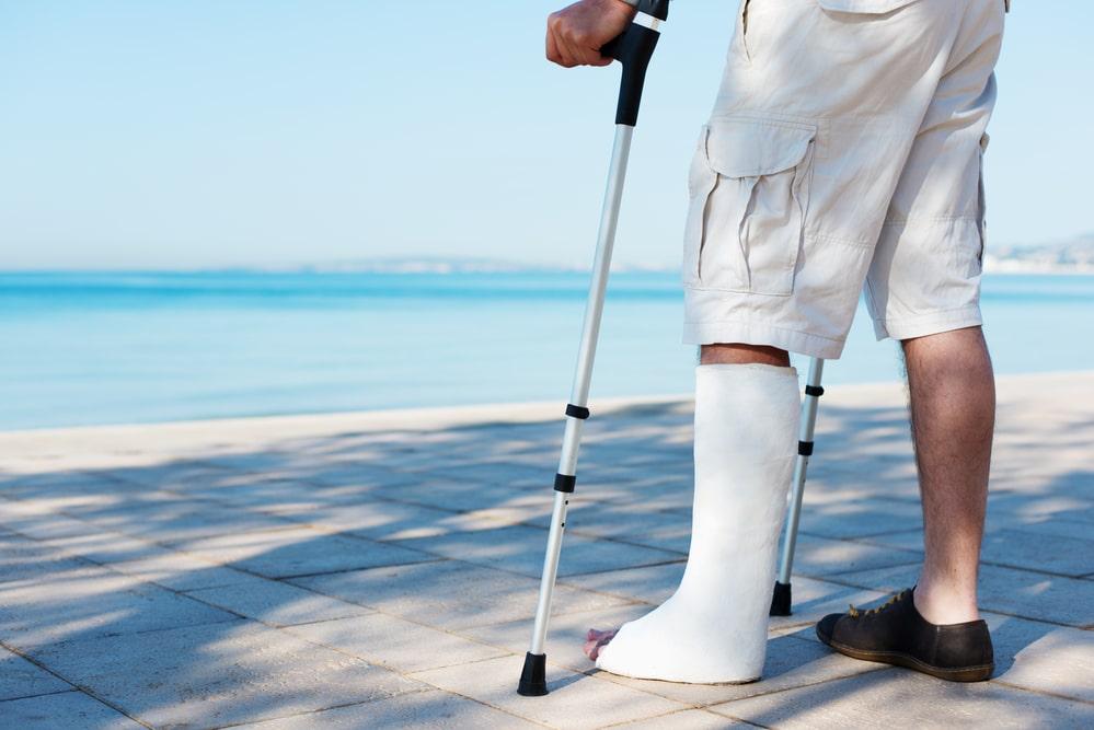 cestovne poistenie zlomena noha
