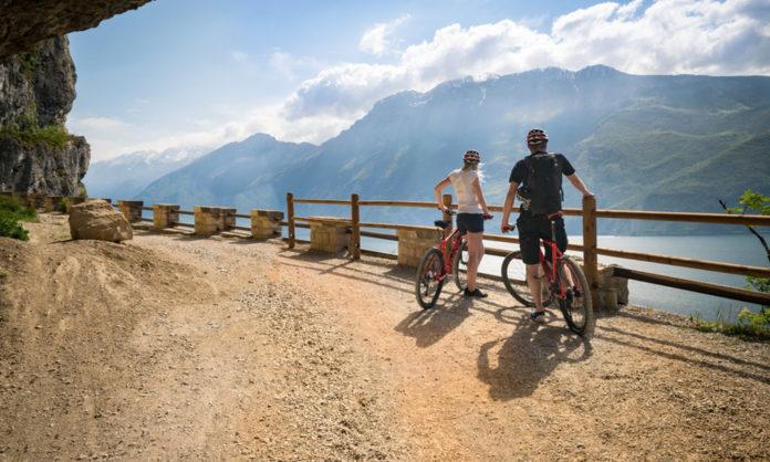 Na Lago di Garda si užijete rôzne druhy cyklistiky a krásne výhľady