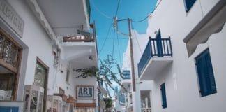 Nákupná ulica Matoyianni v hlavnom meste Mykonosu, Chora