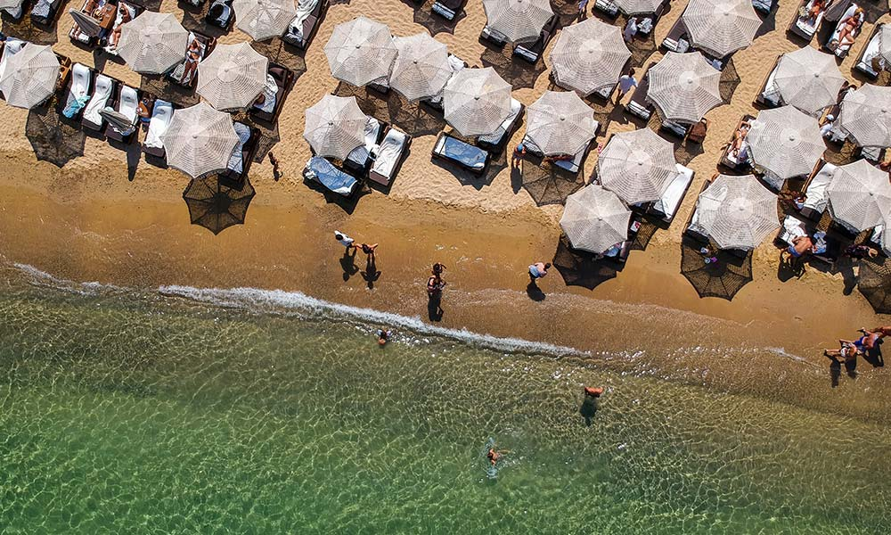 Krásne piesočné pláže nájdete na južnej strane ostrova Mykonos