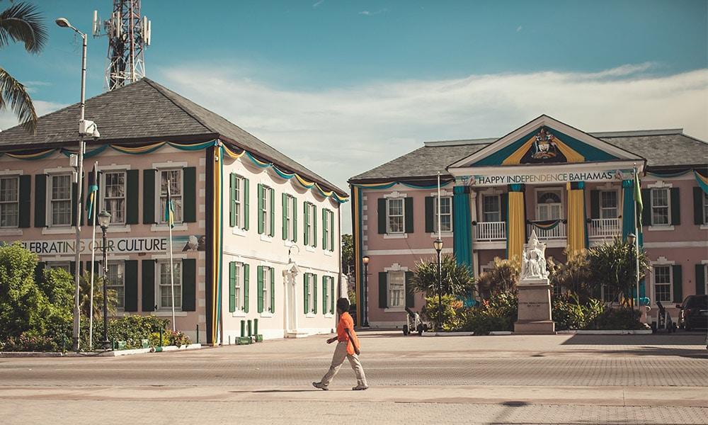 Bahamy, Nassau, Parlamentné námestie