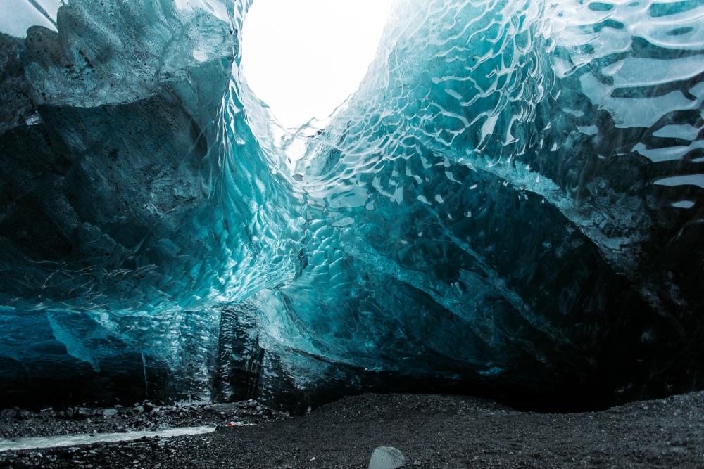 ice cave Island