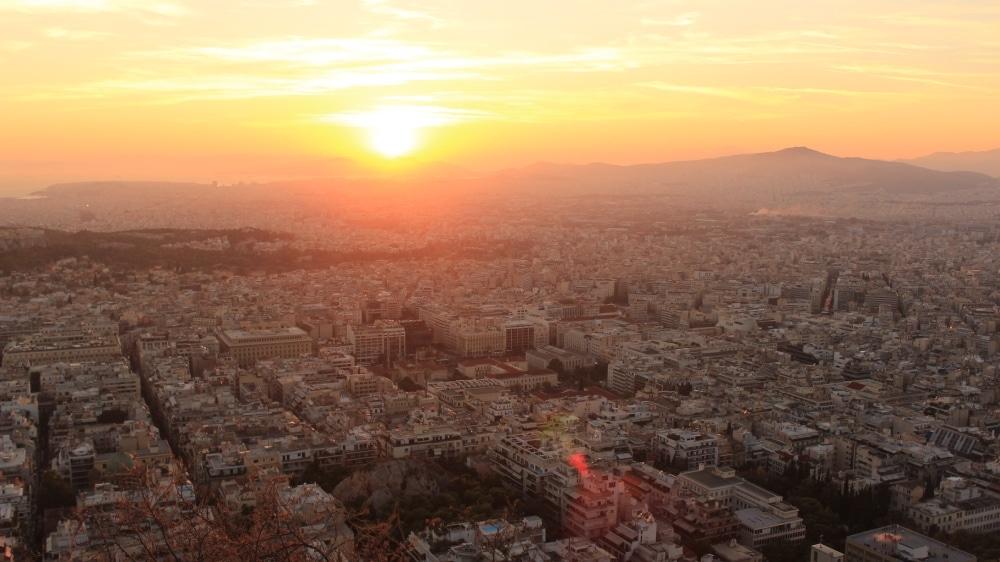 Atény z kopca Lycabettus