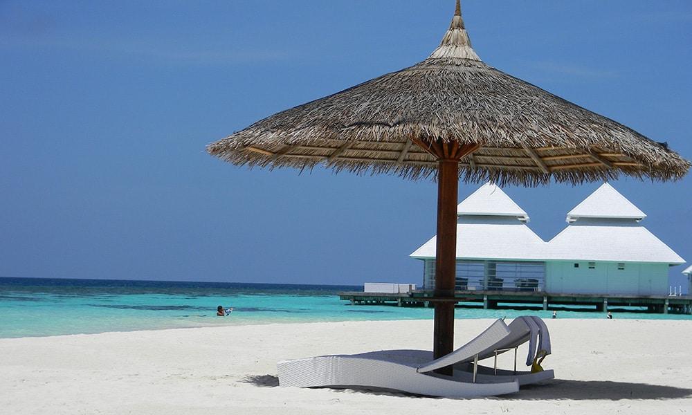Arthuruga, Maldivy