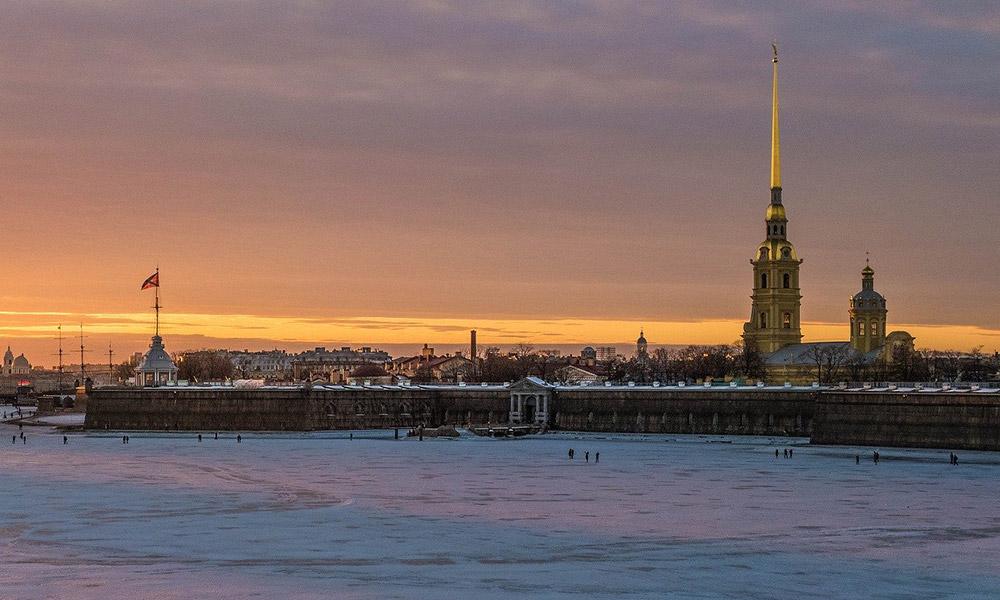 Katedrála svätého Petra a Pavla na Zajačom ostrove v Petrohrade