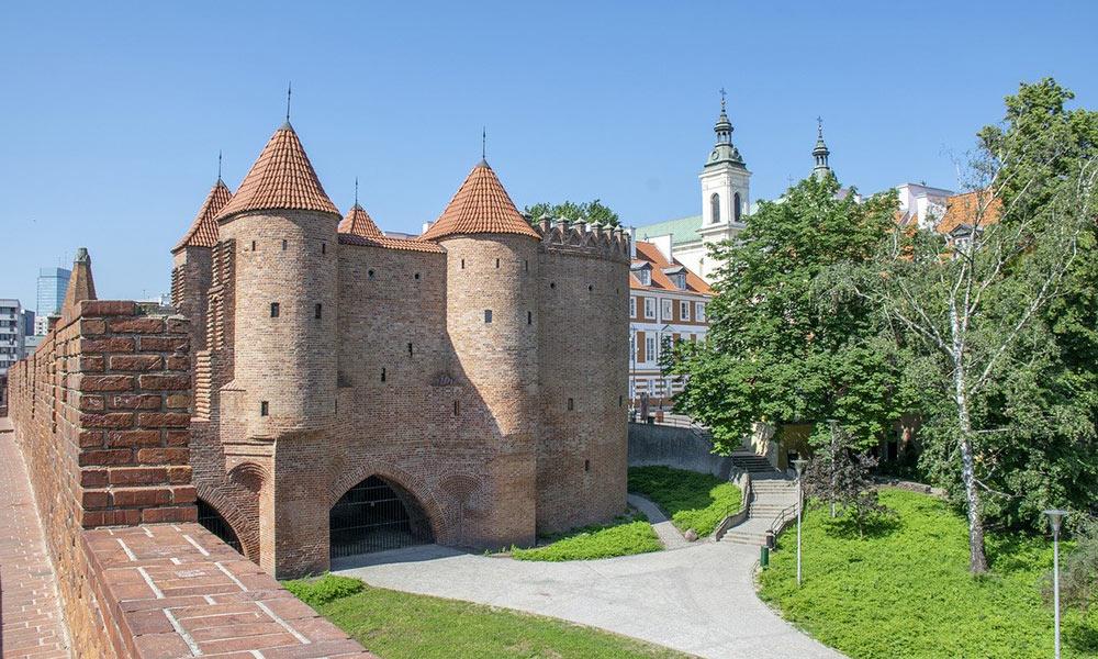 Varšava, Barbakan