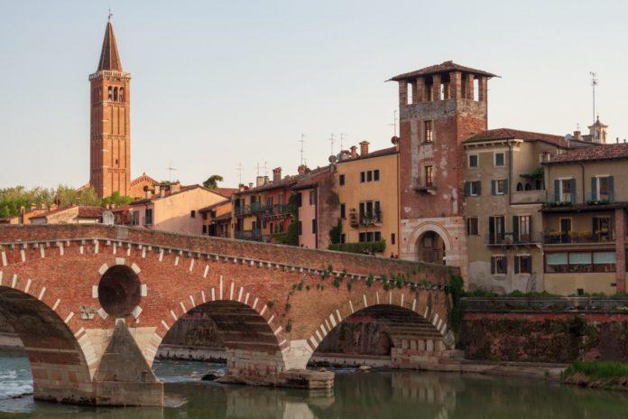 Puente Pietra, Verona, Italy