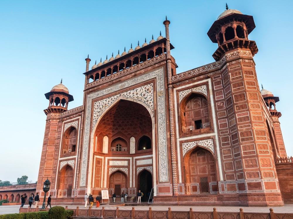 great gate taj mahal india