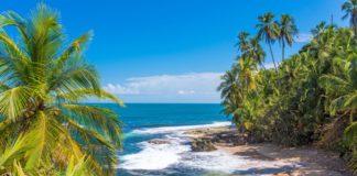 Pláž Manzanillo v Puerto Viejo, Costa Rica