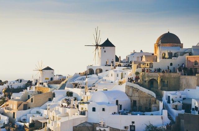 Biele domčeky na Santorini
