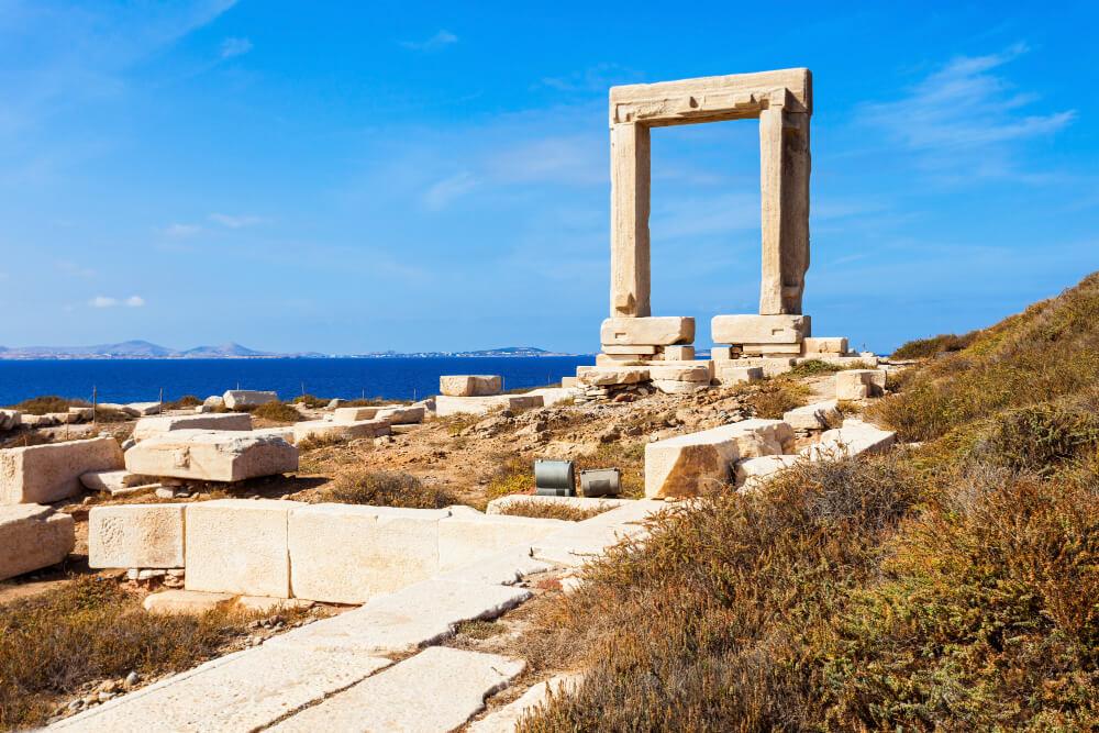 Mramorová brána na ostrove Naxos